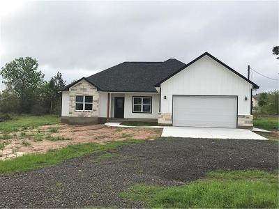 Paige Single Family Home For Sale: 110 Davy Crockett Rd