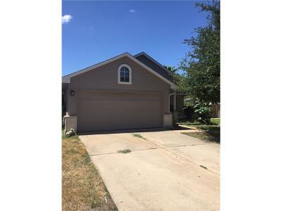 Bastrop Single Family Home For Sale: 607 Jessica Pl