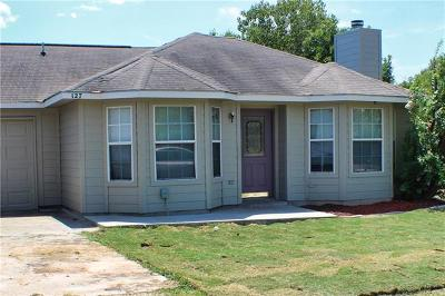 Bastrop County Single Family Home For Sale: 127 Kawainui Ln