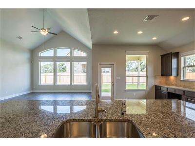 Georgetown Single Family Home For Sale: 1301 Winding Way Dr