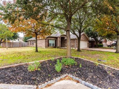 Hutto Single Family Home Pending - Taking Backups: 132 Inman Dr