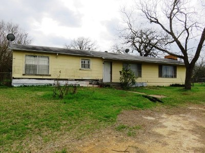 Elgin Single Family Home For Sale: 2013 Old McDade Rd