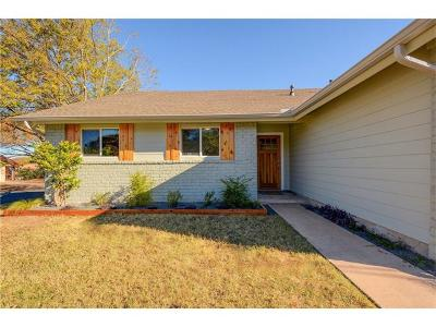 Single Family Home For Sale: 1204 Stoneoak Ln
