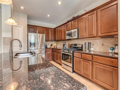 Hays County, Travis County, Williamson County Single Family Home For Sale: 702 Easton Dr