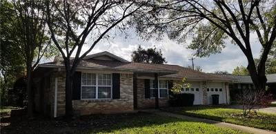 Austin Single Family Home Pending - Taking Backups: 3205 Whiteway Dr