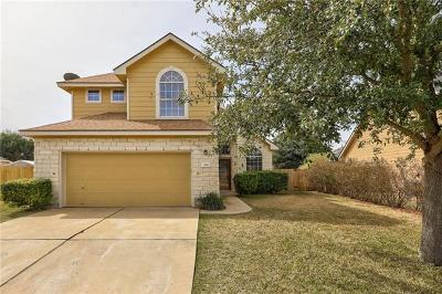 Single Family Home For Sale: 306 River Bluff Cir