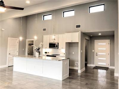 Lago Vista Single Family Home For Sale: 2704 Patriot Dr