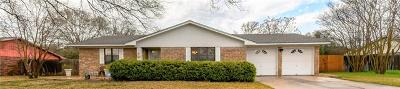 Harker Heights Single Family Home For Sale: 204 E Cherokee Dr