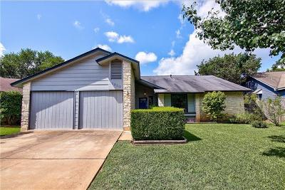 Round Rock Single Family Home For Sale: 1905 Hunters Trl