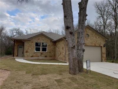 Bastrop Single Family Home For Sale: 111 Manana Ct