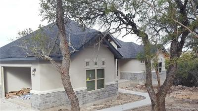 New Braunfels Single Family Home Pending: 124 Falling Hls
