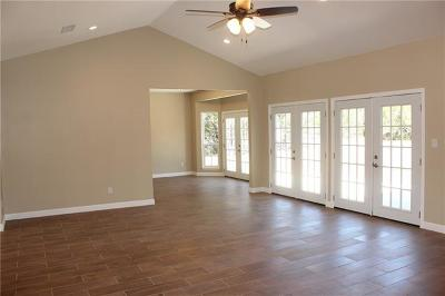 Lago Vista Single Family Home For Sale: 21600 Bluejay Blvd