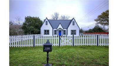 Single Family Home For Sale: 1700 Lexington St