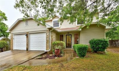 Single Family Home For Sale: 2600 Aylesbury Ln