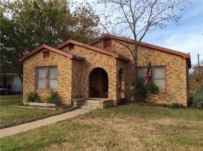 Giddings Single Family Home For Sale: 671 N Leon St