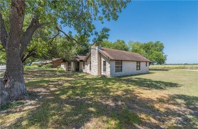 Luling Single Family Home For Sale: 204 S Mulberry St