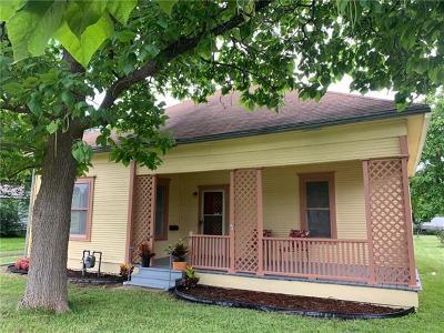 Taylor Single Family Home For Sale: 904 Kimbro St