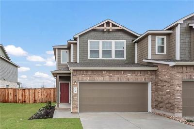 Bastrop Condo/Townhouse For Sale: 164 Andross Ln