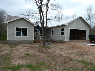 Bastrop TX Single Family Home For Sale: $224,900