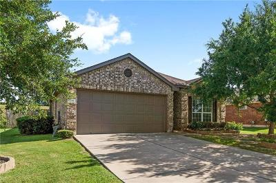 Bastrop Single Family Home For Sale: 338 Outfitter Dr