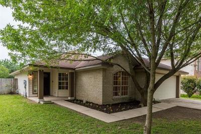 Kyle Single Family Home For Sale: 451 Britni Loop
