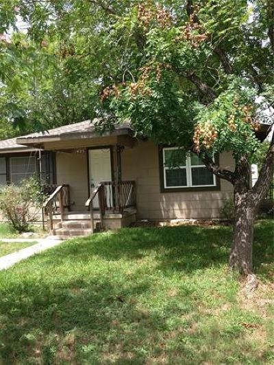Taylor Single Family Home For Sale: 425 Annie St