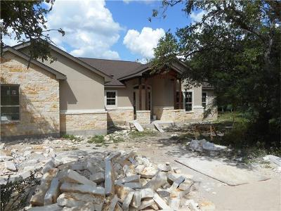 New Braunfels Single Family Home Pending: 2562 Otter Way