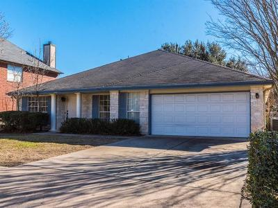 Pflugerville Single Family Home For Sale: 1105 Maplewood Dr