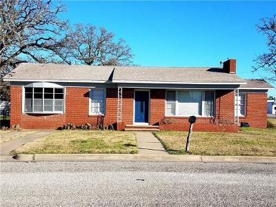 Giddings Single Family Home For Sale: 628 N Chambers St