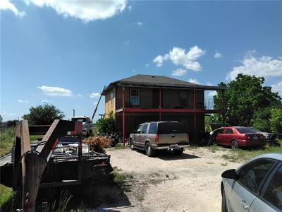 Del Valle Single Family Home For Sale: 166 Camino Del Sol