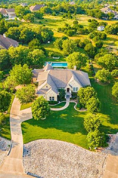 Hays County Single Family Home For Sale: 178 Lonely Pine Cv