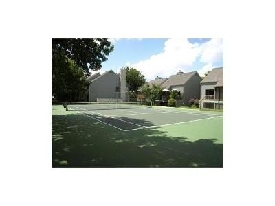 Lakeway Condo/Townhouse Pending: 186 World Of Tennis Sq