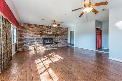 Florence Single Family Home For Sale: 102 Stapp St