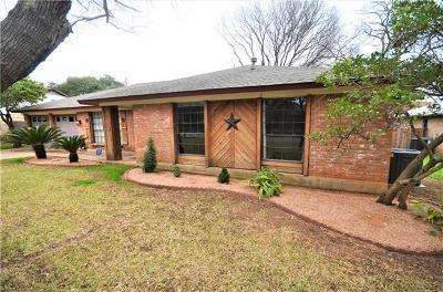 Travis County Single Family Home For Sale: 4004 Burr Oak Ln