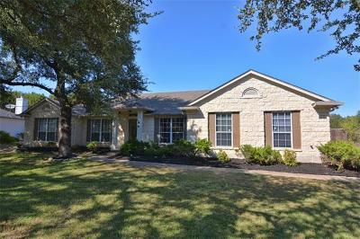 Lago Vista Single Family Home For Sale: 20403 Southbend St