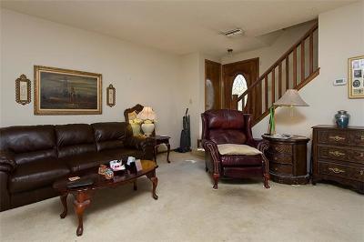 Condo/Townhouse For Sale: 11904 Barrington Way