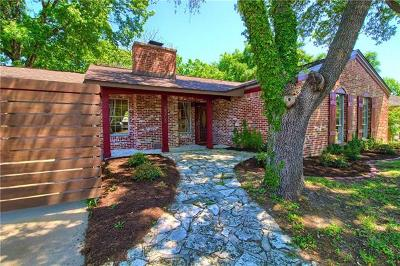 Single Family Home For Sale: 2208 Village Way Dr