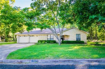 Elgin Single Family Home For Sale: 1200 N Avenue F
