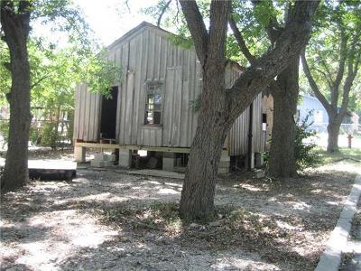 Lockhart TX Single Family Home For Sale: $38,500