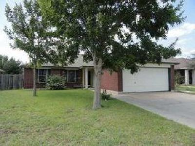 Hutto Single Family Home For Sale: 201 Clarks Way