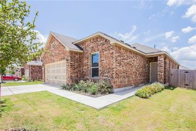 Pflugerville Single Family Home For Sale: 811 Sawbuck Dr