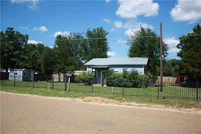 Bastrop Single Family Home For Sale: 205 B J Mayes Rd