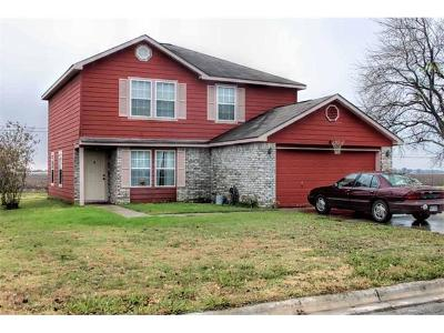 Lockhart Single Family Home For Sale: 1304 W Pointe Pl