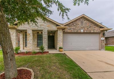 Elgin Single Family Home For Sale: 104 Jefferson Cv