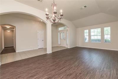 Pflugerville Single Family Home For Sale: 19004 Alnwick Castle Dr