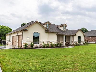 Bastrop Single Family Home For Sale: 125 Guerrero Dr