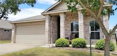 Bastrop Single Family Home For Sale: 302 Grutsch Dr