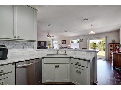 Buda Single Family Home For Sale: 213 Maybrook Dr