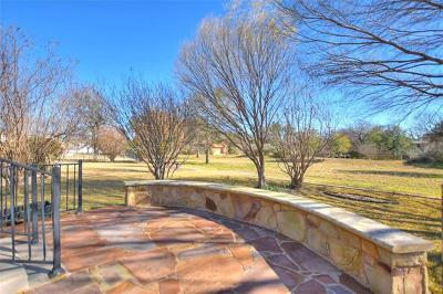 Single Family Home For Sale: 205 Armstrong Dr