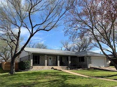 Elgin Single Family Home For Sale: 101 Dumbeck Dr